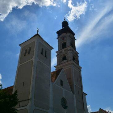 Kirchturm von Geisenfeld. Saniert durch Zimmerei Steinberger
