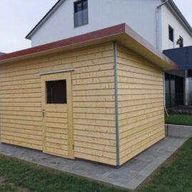 Gartenhaus mit waagrechter Lärchenschalung